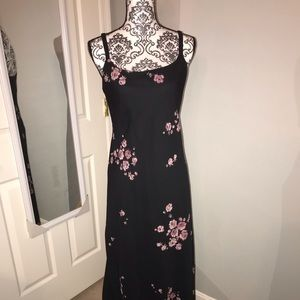 Black/Flowery dress with short sleeve shell
